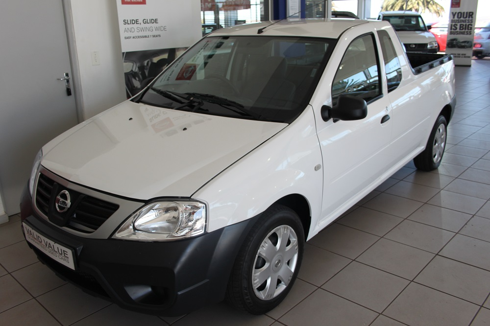 2015-nissan-np200-15-dci-ac--safety-pack